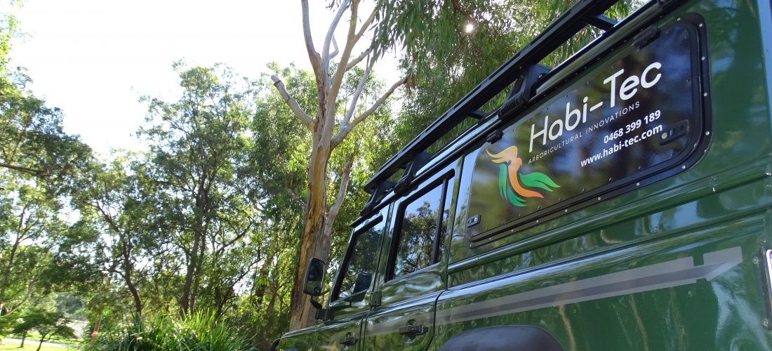 Land Rover Defender Habitat Tree